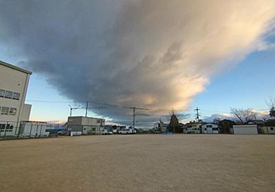 滋賀県だけに出る特別な雲「琵琶湖六郎」 高校生が確認、秋から冬に出現|文化・ライフ|地域のニュース|京都新聞