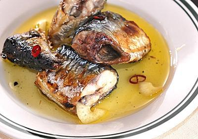 魚屋さん直伝「焼きさんまのオイル漬け」が酒の肴に最高すぎた【魚屋三代目】 - メシ通 | ホットペッパーグルメ