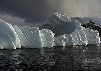 英の南極基地、棚氷の割れ目で閉鎖に 分離と漂流の恐れ 写真1枚 国際ニュース:AFPBB News