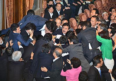 【政治デスクノート】民主政権、強行採決のペースは安倍政権の倍だった(1/4ページ) - 産経ニュース